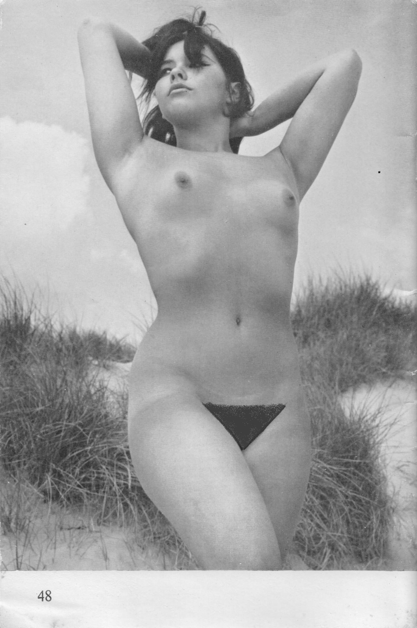 Sexy photos of gal gadot