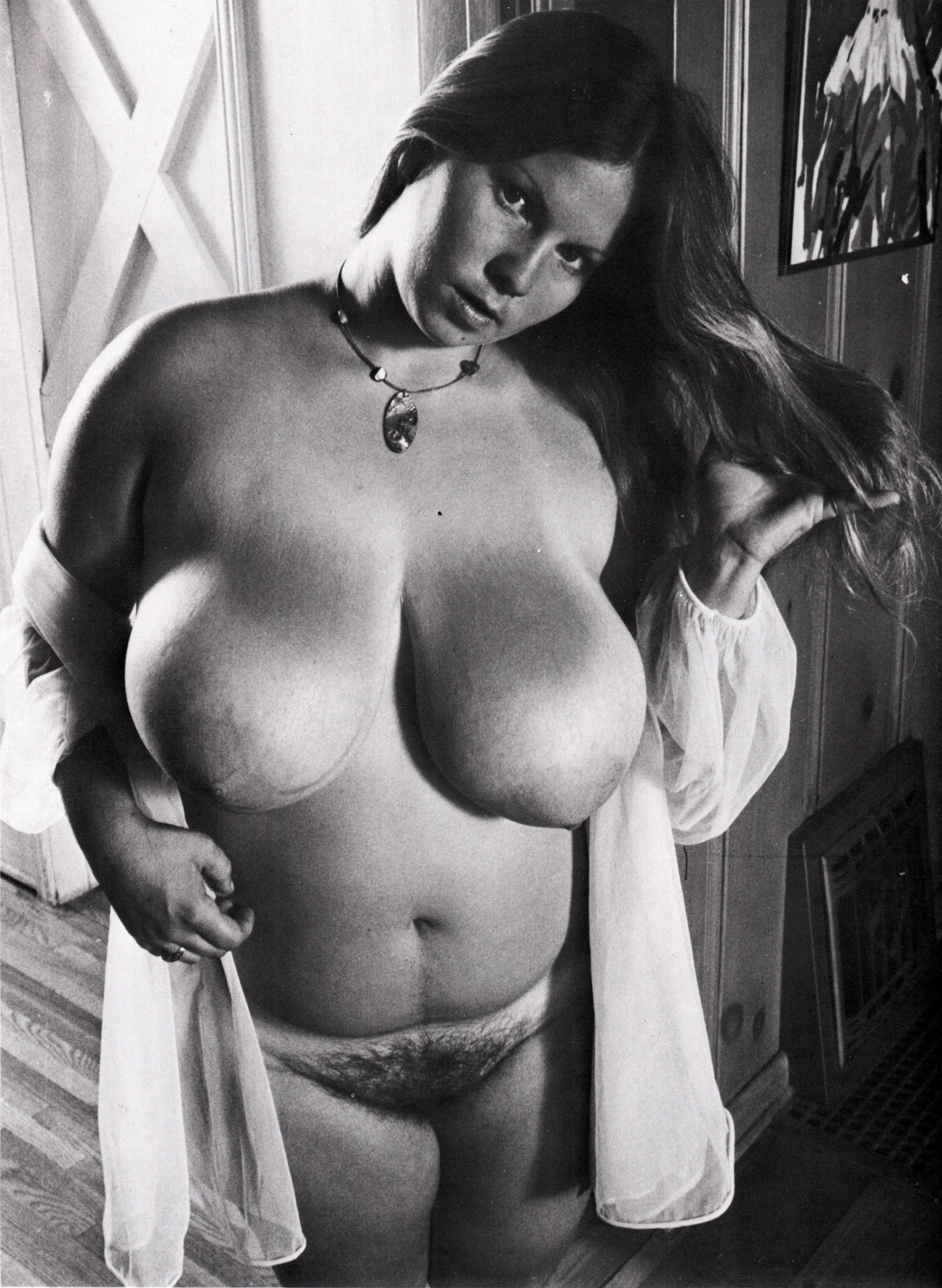 Голые толстухи ретро фото, я парень хочу в попу г киев